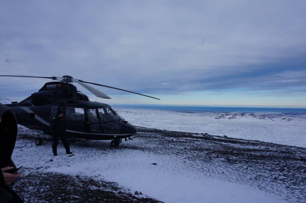 True Freedom Seekers in iceland on a helicopter ride
