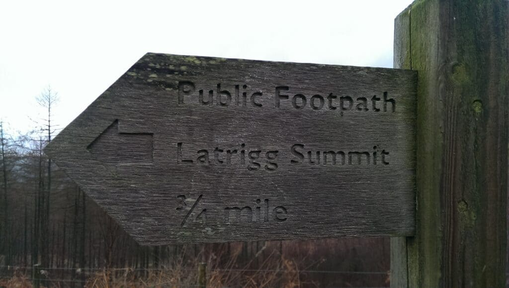 Signpost pointing towards the summit of Latrigg